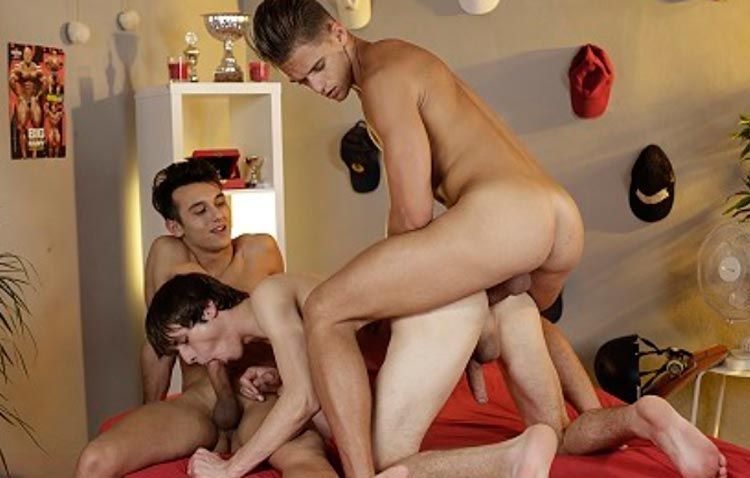 Popular premium xxx website with tons of gay male sex pictures