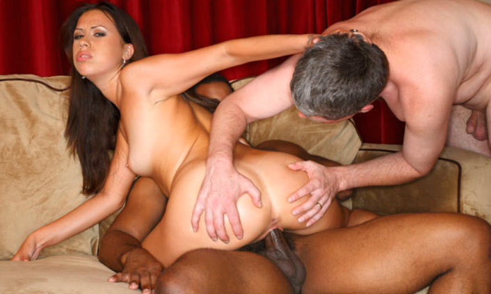 Popular hd porn website providing interracial threesome sex movies